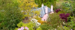 The pretty garden at Ard Daraich