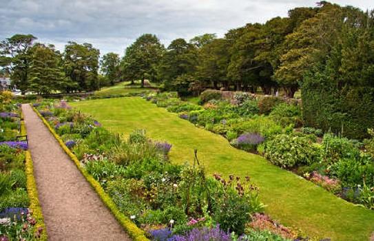 Dirleton Castle and Gardens