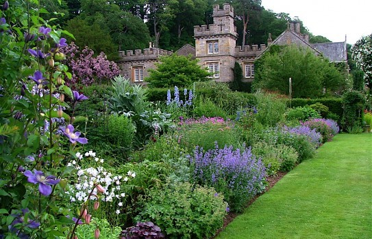 Gresgarth Hall Garden