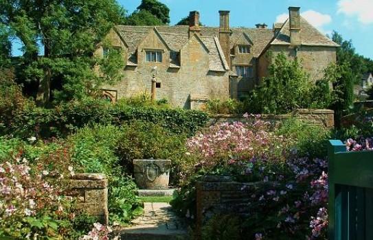 Snowshill Manor Garden