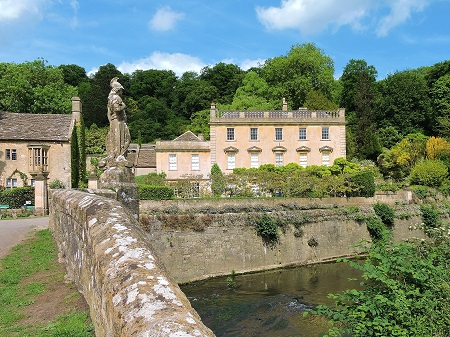 iford manor house