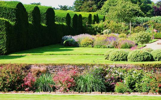 The Garden At Miserden Near Cirencester And Places To