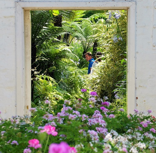 Great British Gardens: Tatton Park Gardens, Map And Places To Stay Nearby