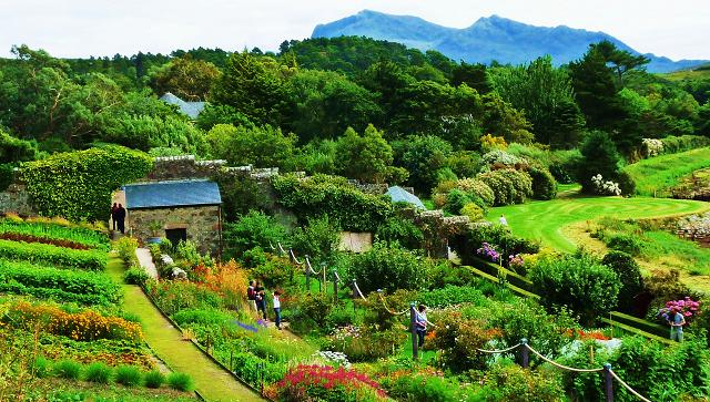 Gardens to visit in scotland great british gardens for Garden offices for sale scotland