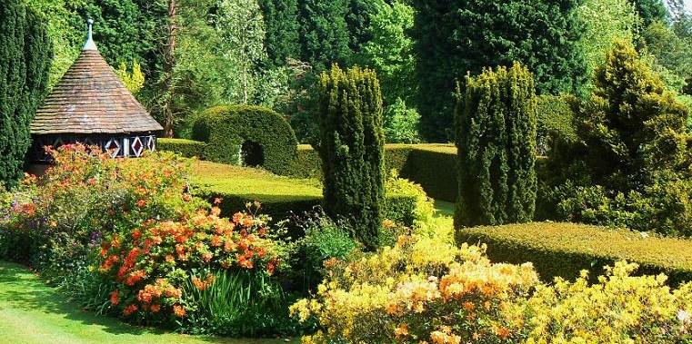Gardens in kent near maidstone ashford canterbury for Canterbury landscape design